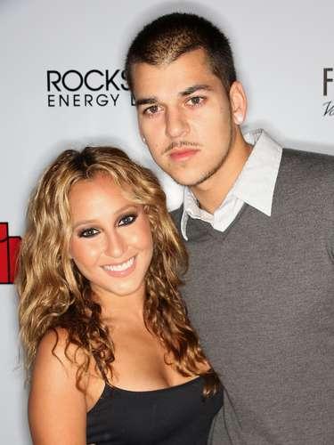 Rob Kardashian y Adrienne Bailon llevaron una buena relación y hasta las familias llegaron a convivir juntas. La pareja terminó después de que Rob admitió haber engañado a Adrienne.