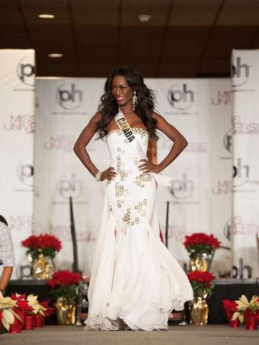 Miss Canadá -Adwoa Yamoah. Nació en Accra, Ghana en el año de 1988. Habla Inglés yTwi.Actualmente trabaja en promociones y marketing de Corus Radio en la oficina de Calgary, una de las mayores empresas de medios del país y es profesora de danza hip hop en el Prestige Dance Academy. Mide 1.78 metros de estatura. Su cabello es negro y sus ojos color café.