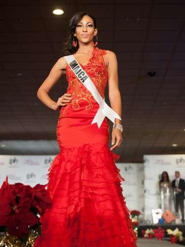 Miss Jamaica - Chantal Zaky. Nació en Nueva York, Estados Unidos. Es estudiante de medios. Mide 1.77 metros de estura. Su cabello es castaño rojizo y sus ojos color café.