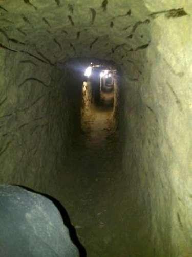 Las autoridades de México y Estados Unidos han descubierto en la frontera varios túneles destinados al paso de drogas hacia suelo estadounidense. Excavar un túnel requiere de seis meses a un año.