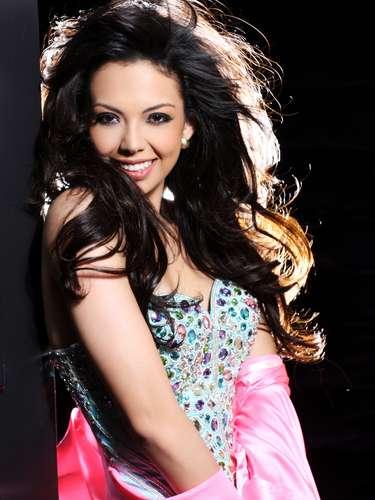 Miss Nicaragua - Farah Eslaquit Cano. Nació en Monterrey, México en diciembre de 1991. Es una modelo que mide 1.75 metros de estatura. Su cabello es negro y sus ojos color café.