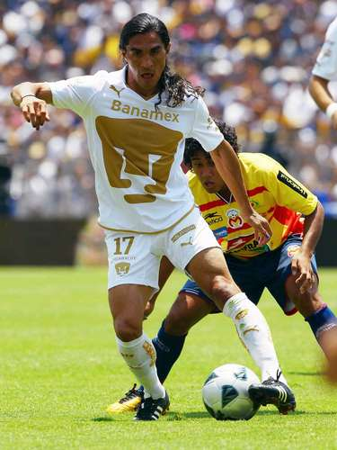 Juan Francisco Palencia was the msot important player for Pumas in its last title in Clausura 2011. In the final he scored a goal in the away leg and another in the second leg against Morelia, although Javier Cortes would get the goal that gave them the title.