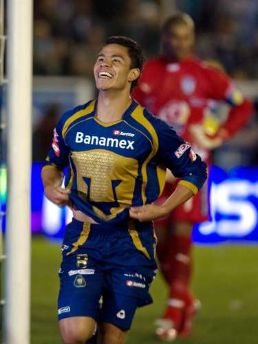In the Clausura 2008 final between Pachuca and Pumas, Dante Lopez scored the two goals for the team that went to overtime. The star was Pablo Barrera, who scored the goal that gave the team the trophy.