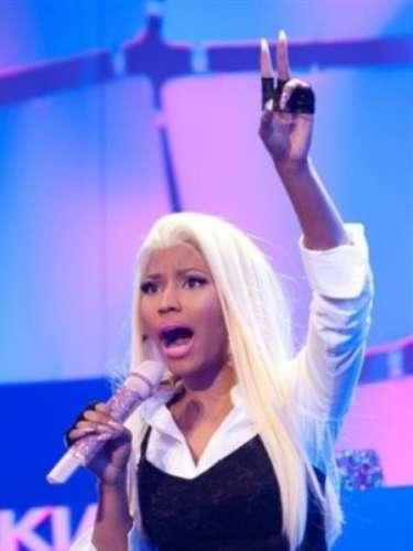 La controvertida rapera estadounidense sorprendió a sus millones de seguidores de la red social, cuando desactivó su cuenta tras una pelea. La determinación la tomó debido a que un fan llamado Nicki Daily publicó avances de su nuevo disco 'Pink Friday: Roman Reloaded', señalando que se habían filtrado.