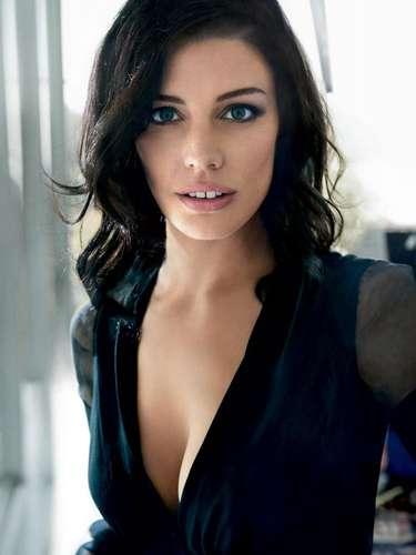 #9 Jessica Paré La sensual esposa de 'Don Draper', de la serie 'Mad Men', se cuela en las primeras posiciones después de protagonizar una atrevida escena musical de 'Zou Bisou Bisou'.