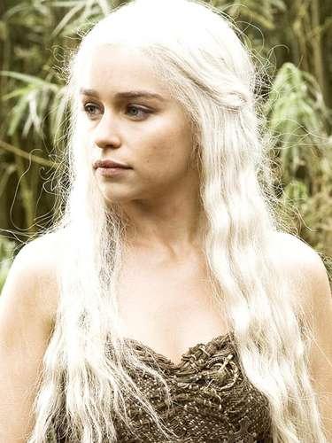 #15 Emilia Clarke 'Game of Thrones' la ha lanzado al estrellato. La actriz de 25 años ya tiene dos cintas en espera de ser estrenadas para 2013.