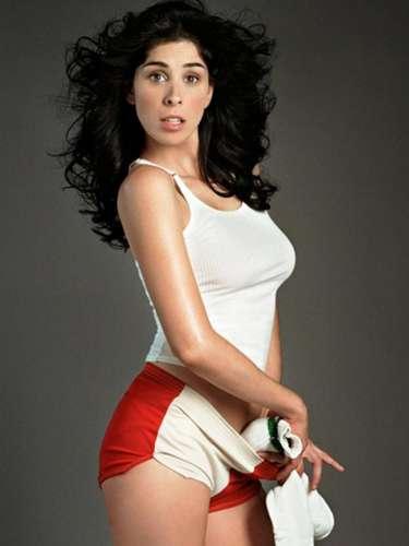 #23 Sarah Silverman La actriz apareció completamente desnuda en la cinta 'Take This Waltz', con esto se ganó un lugar en esta lista de Askmen.