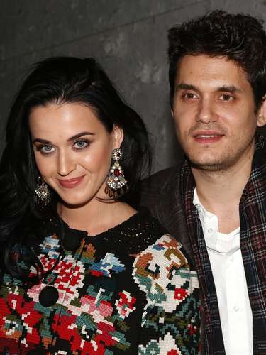 Katy Perry put on her best ugly Christmas sweater to join her current man, John Mayer, on a date to see 'A Christmas Story, The Musical' at the Lunt-Fontanne Theatre on December 12, 2012 in New York City. Check out the couple in a few pictures with the cast of the musical ahead.