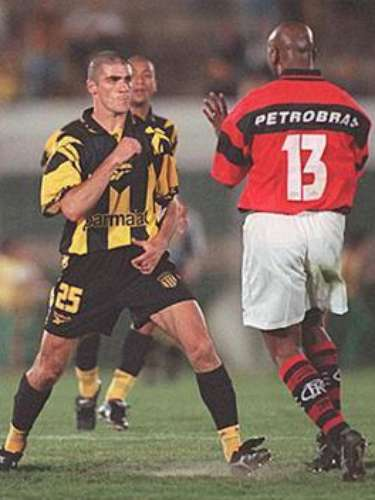 In September of 1999, in the semi-final of the Copa MercoSur, players from Peñarol and Flamengo got into a battle royale after the Brazilians eliminated the Uruguayans.