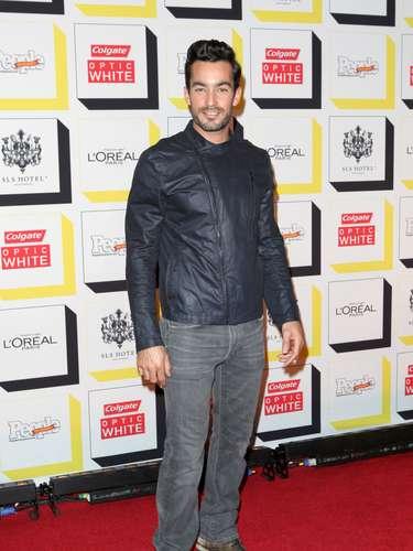 Aarón Díaz no iba de lo más fashion al evento de 'La persona del año' de People en Español pero aún así, ¡es guapísimo!