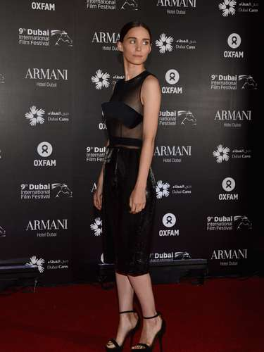 Rooney Mara was sexy in a Calvin Klein outfit.