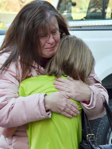 La tranquila comunidad de Newtown, Connecticut, se vio alterada trágicamente tras el tiroteo en la escuelaprimariaSandy Hook, donde fallecieron al menos 27 personas, 18 eran niños.