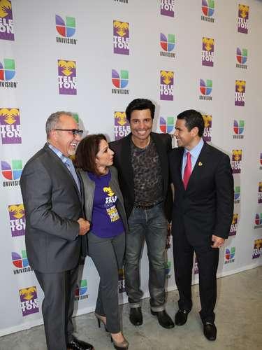 Emilio Estefan, Gloria Estefan, Chayanne pusieron su mejor esfuerzo para impulsar a la gente a donar para el Teletón