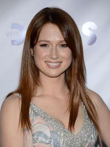 La actriz Ellie Kemper con su pícara sonrisa conquistó muchos corazones.