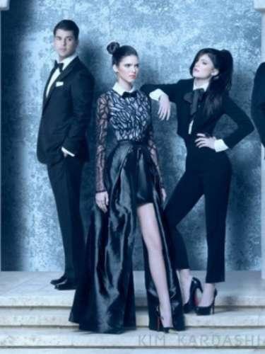 Robert Kardashian y Kyle y Kendall Jenner, también son parte de la postal familiar.