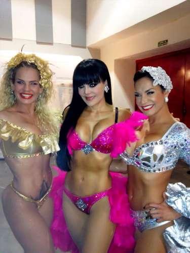 Maribel Guardia calentó las redes sociales antes de salir a dar un show, al compartir una foto donde aparece bien escotada junto a Liz Vega y Niurka Marcos. \
