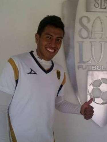 Omar Esparza ya es del San Luis.