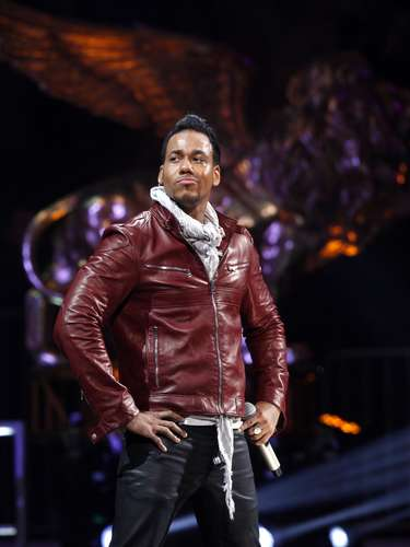 DECEMBER 19 - Romeo Santos' solo debut 'Formula Vol. 1' is the number one selling Latin album of the year, according to Billboard. The album hit the Billboard 200 for four consecutive weeks and topped the Tropical and Latin album charts.