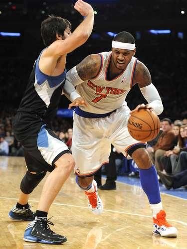 Anthony solamente había anotado nueve en la primera mitad, pero marcó los últimos 12 de los Knicks.