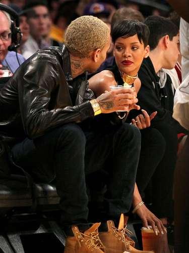 La pareja asistió a un juego de basquetból en Staples Center en la ciudad de Los Angeles.