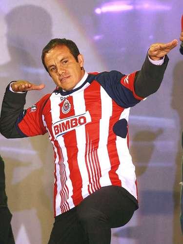Cuauhtémoc Blanco se atrevió a festejar en su programa con la playera de Chivas y como castigo fue destinado a terminar su carrera en la Liga de Ascenso