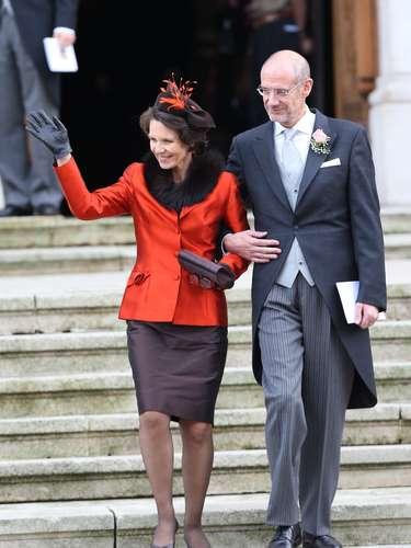 Los padres de la novia, a la salida del templo.