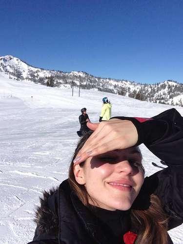 Katherine McPhee despidió el 2012 esquiando y muy feliz.