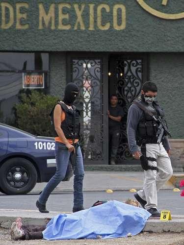 Aunque las estimaciones oficiales y no oficiales de los muertos por la violencia del narcotráfico nunca serán precisas ya que muchas sólo se reportan como homicidios.