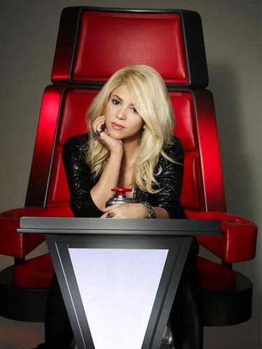 JANUARY 3 - NBC released the Season 4 promo pics featuring new coaches Shakira and Usher.