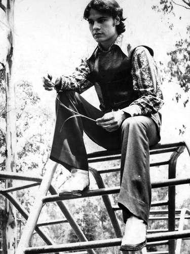 Foto archivo de 1967, cuando Alberto Aguilera Valadez cantaba en bares de Ciudad Juárez y Tijuana bajo el nombre artístico de Adán Luna buscando una oportunidad, hasta que firmó con RCA Discos y adoptó su nombre a Juan Gabriel/México, 1967.