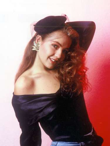 La cantante y actriz nació en la Ciudad de México en 1971. Foto archivo, Thalía en el photo shoot de su último disco con Timbiriche, en 1989/México, agosto 2012.