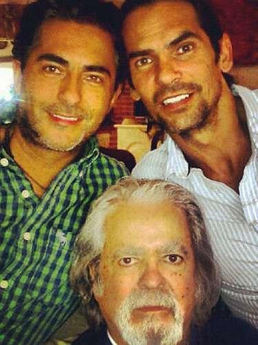 El actor, director y productor nació en Minatitlán, Veracruz, el 1 de septiembre de 1935.