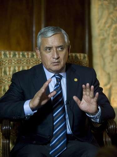 En entrevista con la AFP, Pérez comentó que Los Zetas, considerado el más sanguinario de los grupos criminales mexicanos, dominan dos de las tres rutas más importantes del narcotráfico en la región y disputan la tercera al cártel de Sinaloa, de Joaquín \