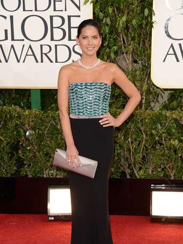 Olivia Munn muy recatada pero luciendo unas joyas carísimas en los Golden Globes