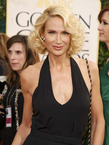 Kelly Lynch a su llegada a los Golden Globes