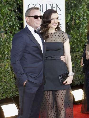 El guapísimo Daniel Craig y su esposa Rachel Weisz en la alfombra roja de los Golden Globes