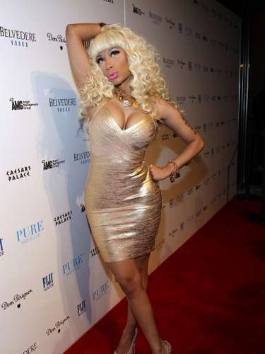 Nicki Minaj was born in Trinidad and Tobago and at the age of 5 moved out to New York. At the time, Nicki wanted to become a lawyer.
