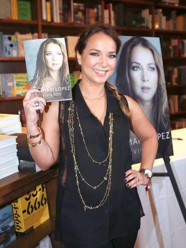 Adamari López presenta su libro \