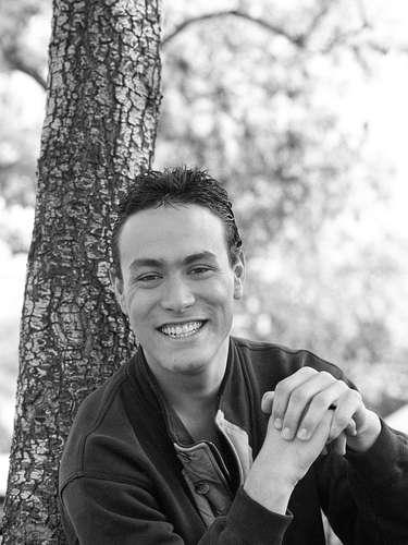 Brandon Lee murió a los 28 años durante la filmación de la película 'The Crow'. El hijo de Bruce Lee fue herido por una pistola del set que debió haber estado sin balas.