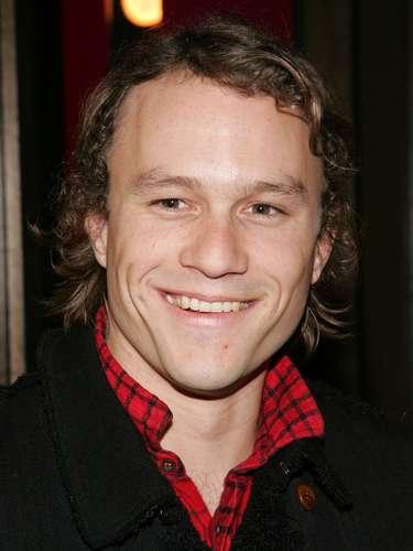 Heath Ledger murió a los 29 años por una sobredosis accidental. El actor ganó el Oscar póstumo por su actuación como 'The Jocker' en 'The Dark Knight'. Muchos consideraron que su muerte fue injusta puesto que se perfilaba como uno de los mejores actores de Hollywood