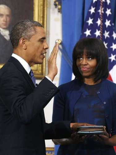 La ceremonia fue breve y privada en la Casa Blanca, un día antes de multitudinarias celebraciones públicas en Washington.