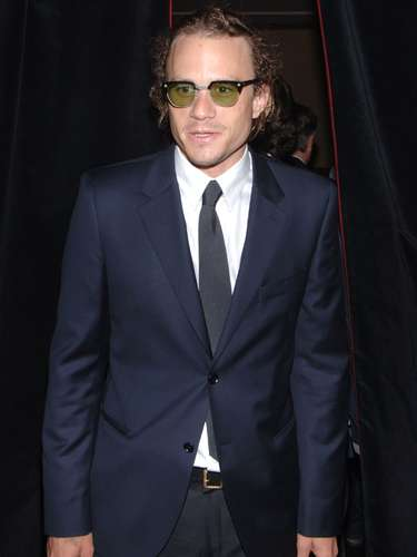 Heath Ledger fue hallado muerto en su departamento de Nueva York el 22 de enero de 2008. Después de un revuelo mediático se determinó que su partida se debió a una sobredosis accidental de medicamentos prescritos. Hollywood y miles de fanáticos alrededor del mundo aún se preguntan hasta dónde habría podido llegar este actor de seguir vivo.