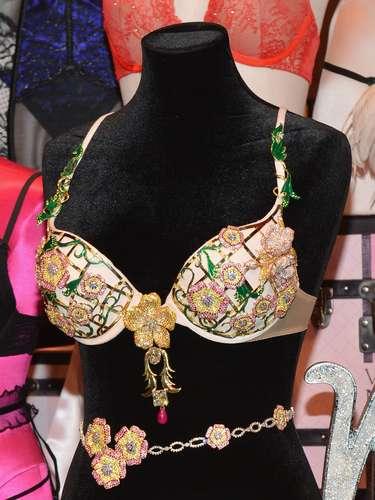 El brasier fue creado en Londres por varios joyeros.