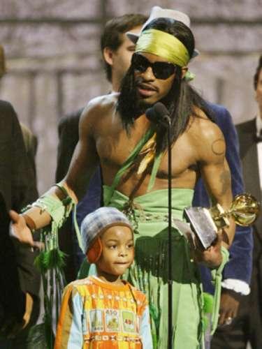 SEVEN. André tuvo una relación con la artista de neo soul Erykah Badu, y tuvieron un hijo al quebautizaroncon el numérico nombre.