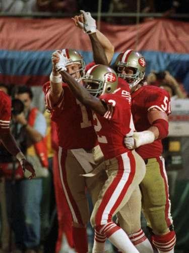 En los talones de los Raiders de Oakland estaban los 49ers de San Francisco, que ganaron títulos de Super Bowl en 1981, 1984, 1988 y 1989. El equipo tiene un récord perfecto de 5-0 en Super Bowls.