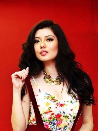 Ella es Carey Ng, la joven que representará la belleza de la mujer malaya durante la edición número 62 del certamen de Miss Universo.