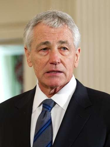 Chuck Hagel, exsenador republicano y veterano de guerra condecorado en Vietnam, sustituirá a Leon Panetta al frente del Pentágono, y tendrá que enfrentarse a las nuevas políticas de ajuste de los presupuestos para defensa.