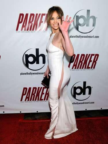 ¿Qué tal el modelito de Jennifer que muestra que no llevaba ropa interior?