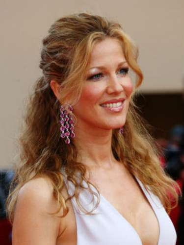 Michel was married to the Spanish singer, Alejandro Sanz, before divorcing in 2004. A little later she met Marquez, whom she married two years ago.