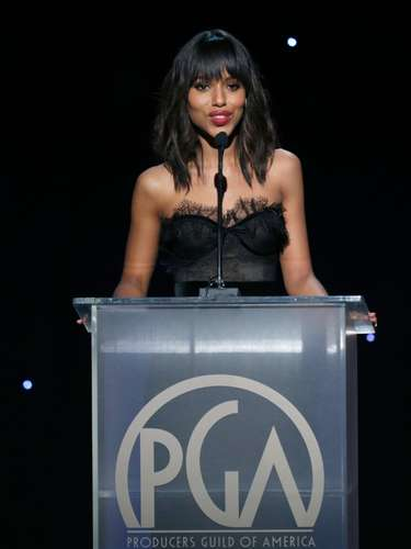 La guapa Kerry Whasington entregó un premio en los Producers Guild Awards